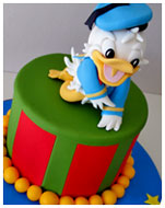 Donald-Duck-Birthday-Cake
