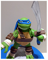 Leonardo figurine kids birthday cake