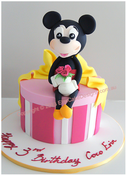 Mickey Mouse birthday cake for a girl