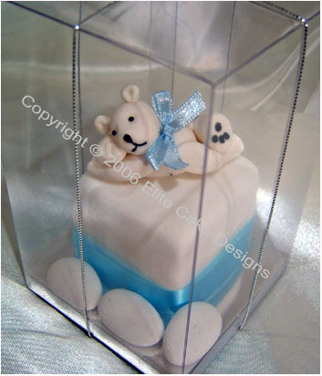 White Teddy Mini Cake-Bonboniere