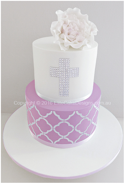 Girs Holy Communion cake with a cross
