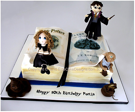 Harry Potter novelty birthday cake